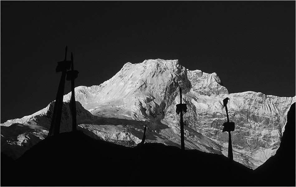 Le jour se lève au Peak 29 - voisin du Manaslu
