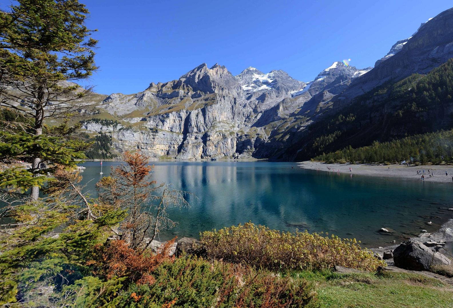 Le lac d'Oeschinen (1578 m. alt.)