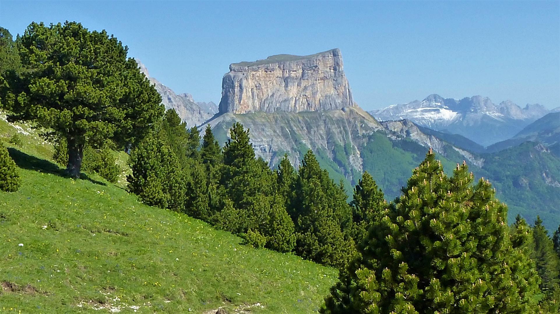 Le mont Aiguille (Drôme)