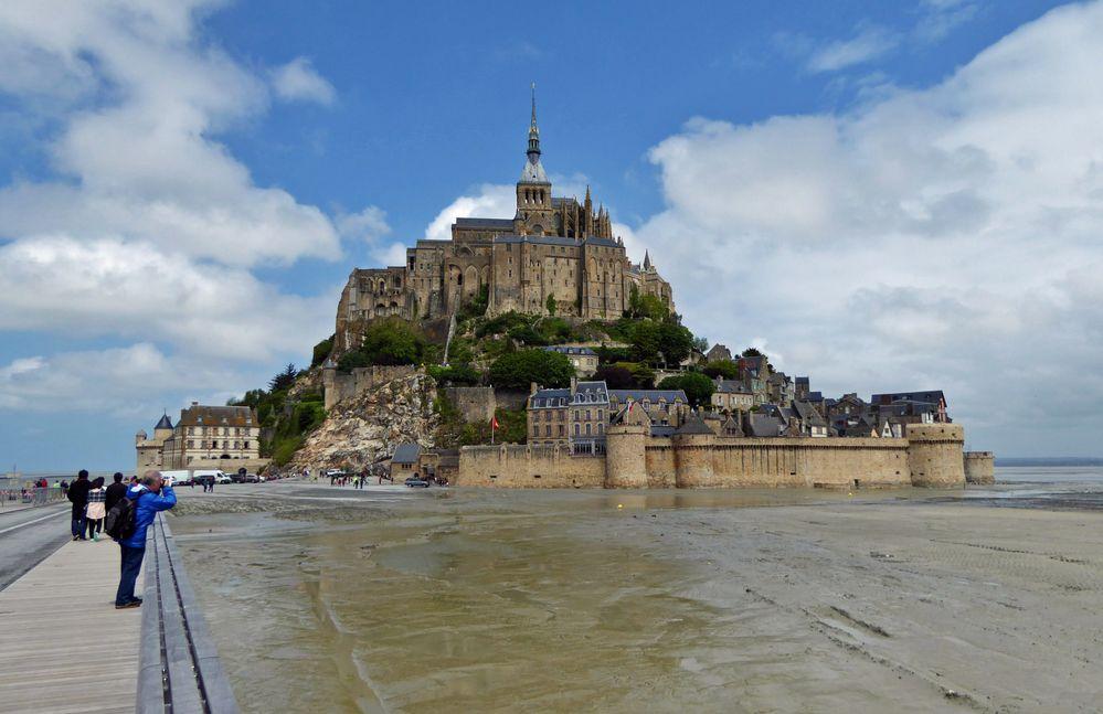 Le Mont - Saint - Michel