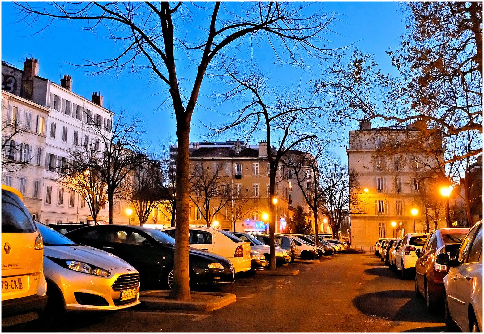 Le parking jaune