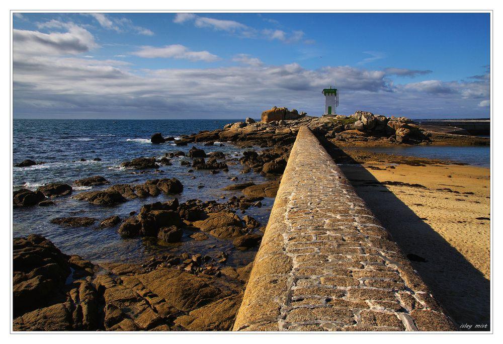 *Le phare de la Pointe de Trévignon*