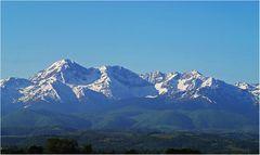 Le Pic du Midi de Bigorre et les Pyrénées… …vus de Tarbes