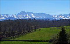 Le Pic du Midi et la chaîne Pyrénéenne vus du Piémont