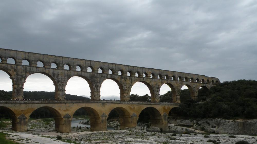 Le Pont du Gard sous les nuages !