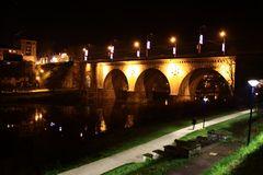 le pont neuf la nuit