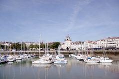 Le port et la Tour de la Grosse Horloge à La Rochelle