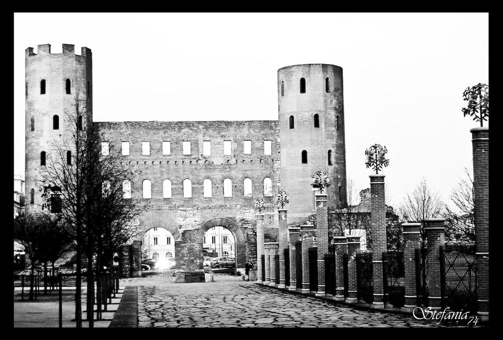 ... Le Porte Palatine ...