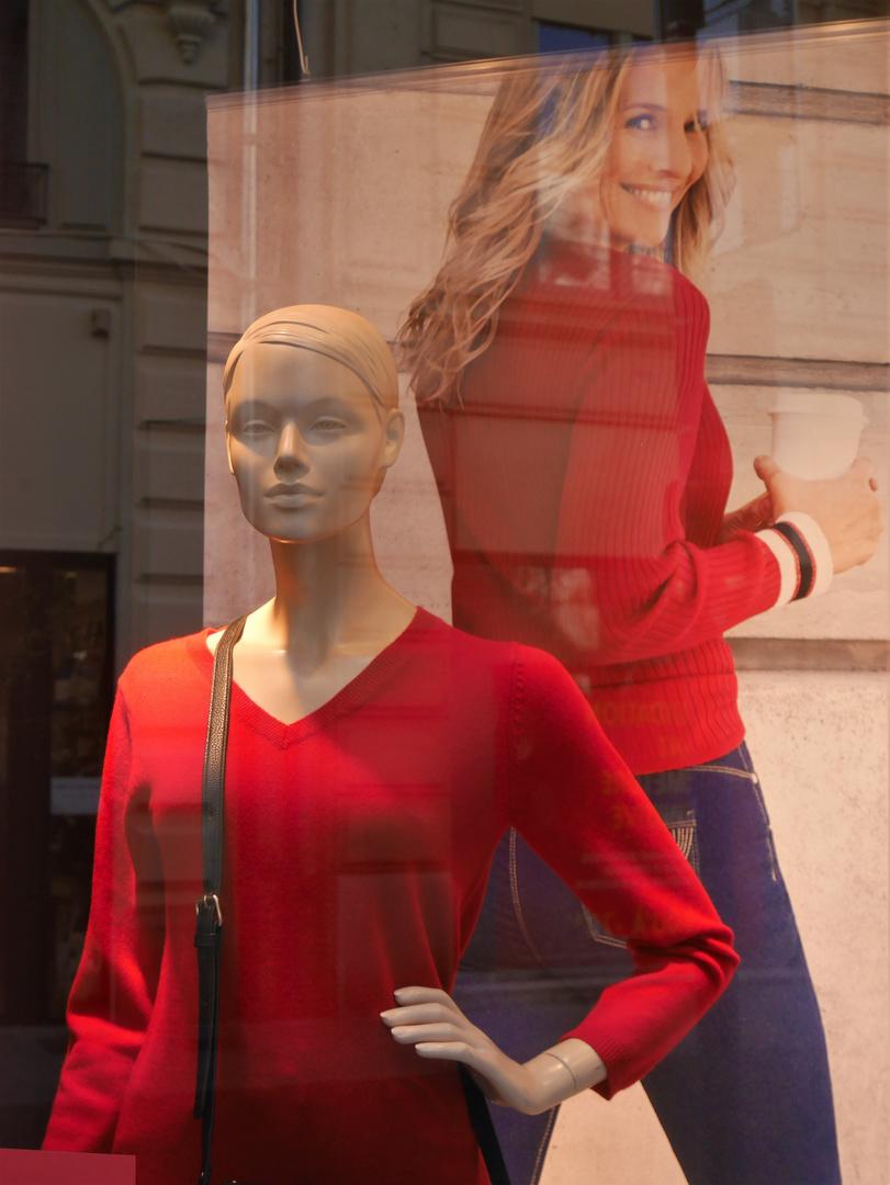 Le rouge en vitrine pour l'UJUC du lundi matin