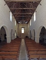 Le sobre intérieur de l'Eglise Saint-Jacques