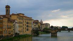 Le soir tombe sur Florence