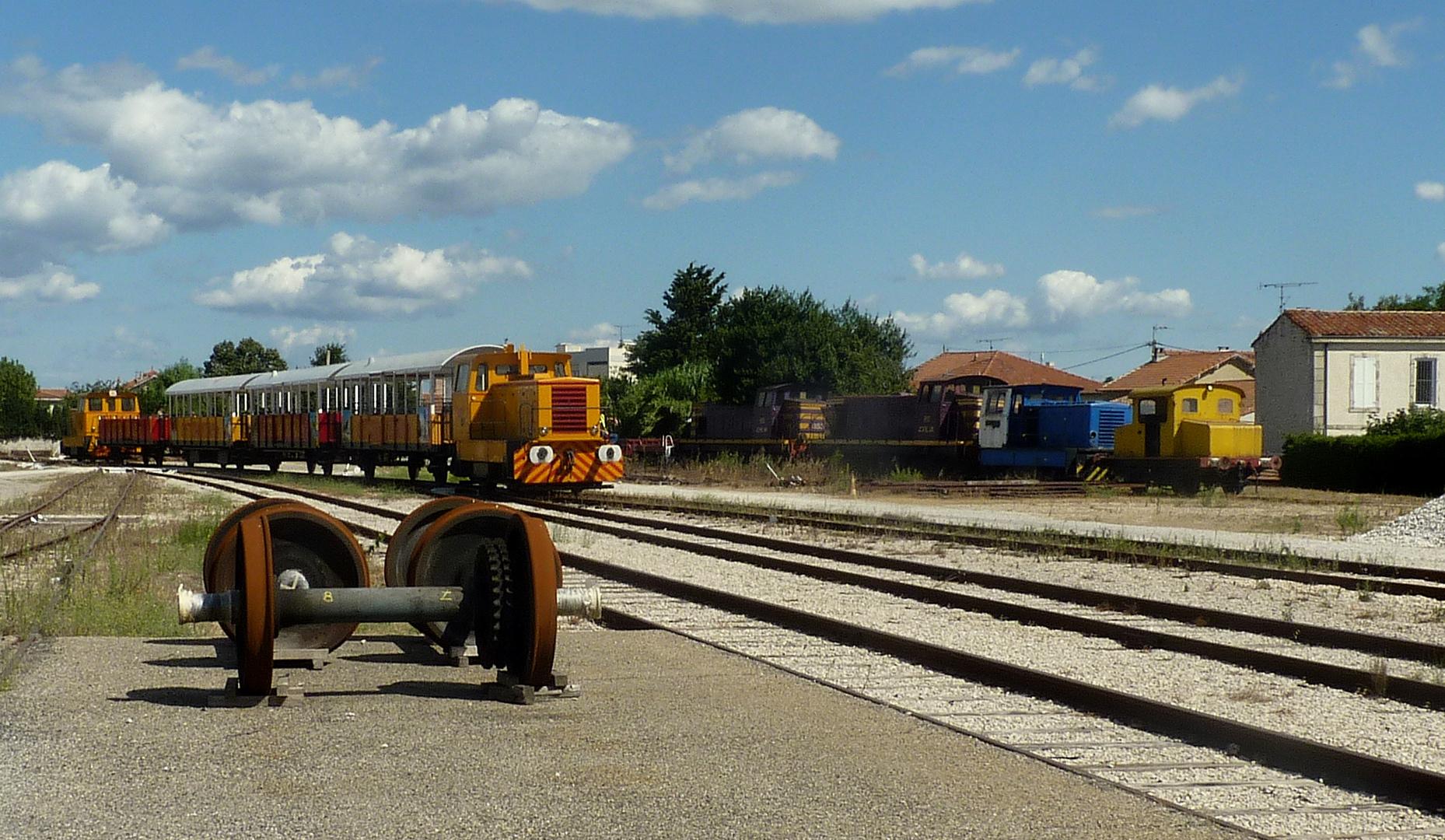 Le train des Apilles...01