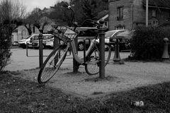 le vélo et la canette