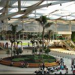 Le Vespa arrivate prima in  Centro Comerciale.