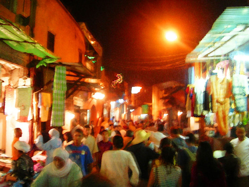 Le vie di Marrakech di notte