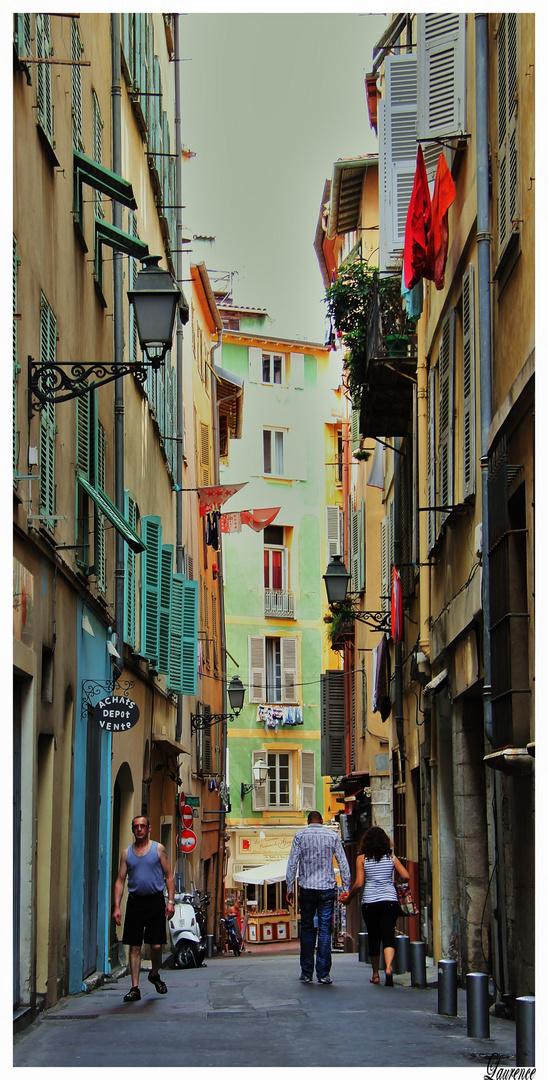 Le vieux Nice un Dimanche aprés-midi.