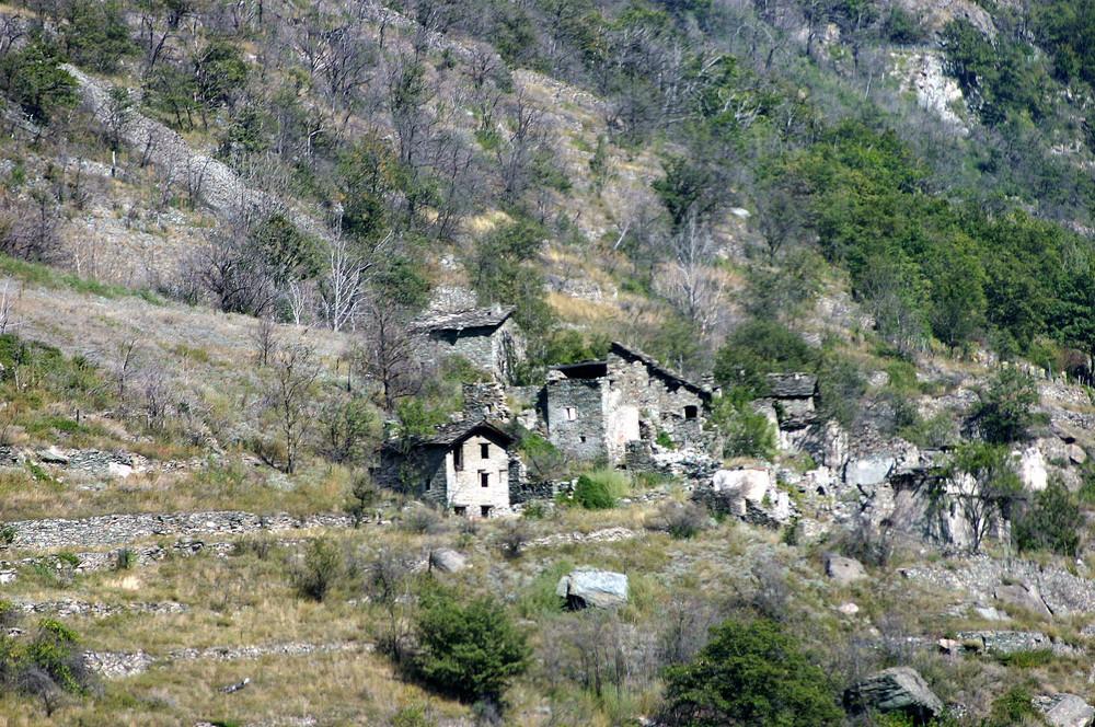 Le village abandonné - Vallée d'Aoste