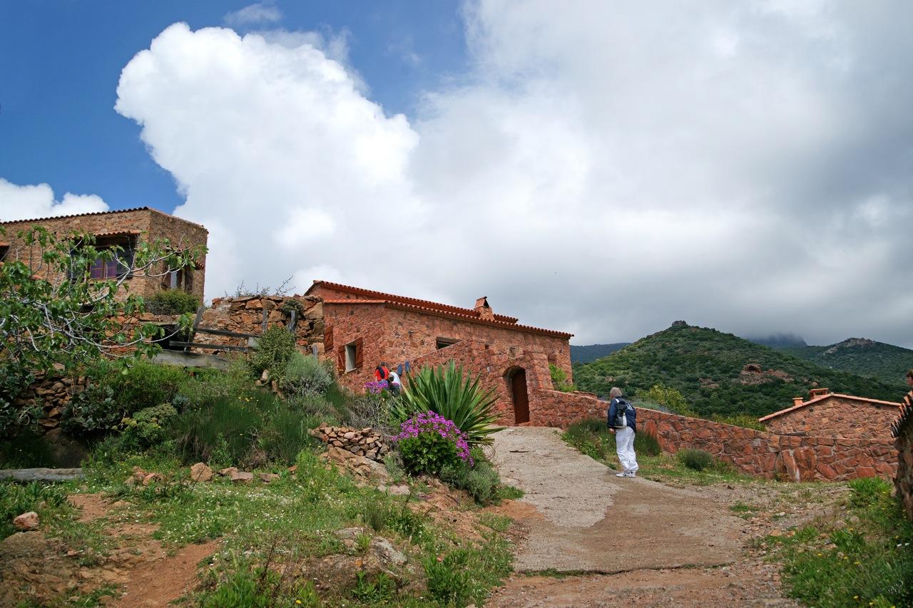 Le village de GIROLATA