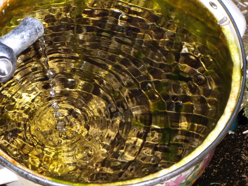 L'eau de l'or....L'or de l'eau.......