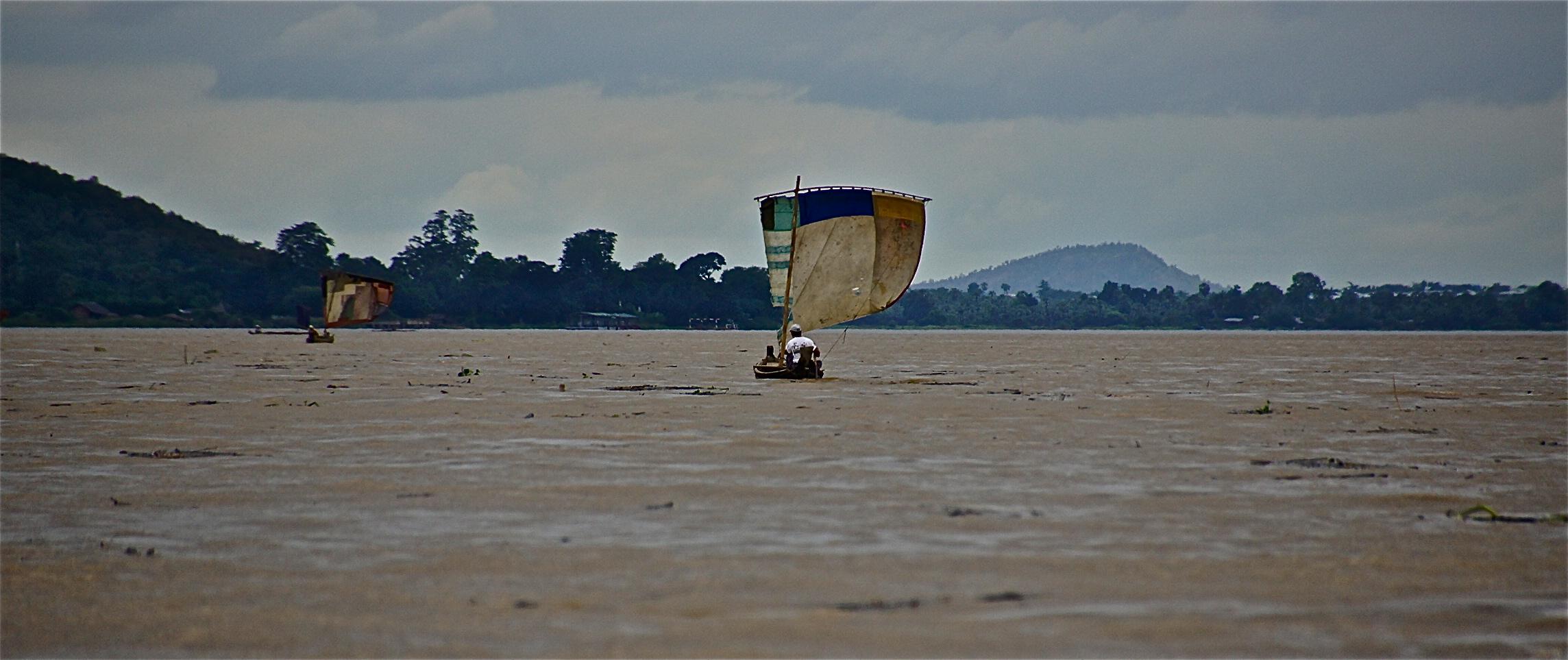 leben am irrawaddy II , burma 2011