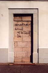 Leben mit dem Braunkohletagebau: another soul walled in