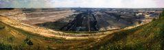 Leben mit dem Braunkohletagebau: Kulturland im Loch - Tagebau Inden