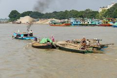 ...Lebensader Irrawaddy...