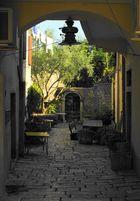 Lebensraum in der Stadt. (Porec, Kroatien)