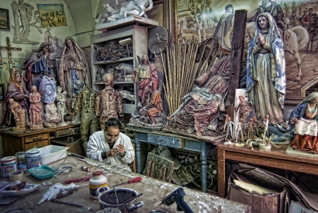 Lecce: Arte della Cartapesta HDR