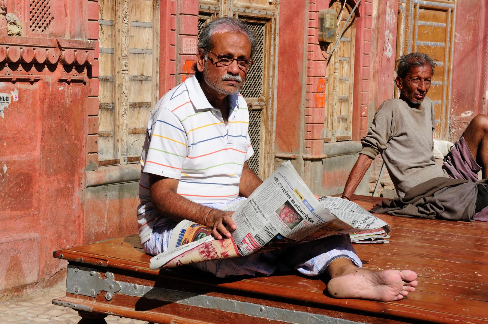 Lectura callejera en delhi