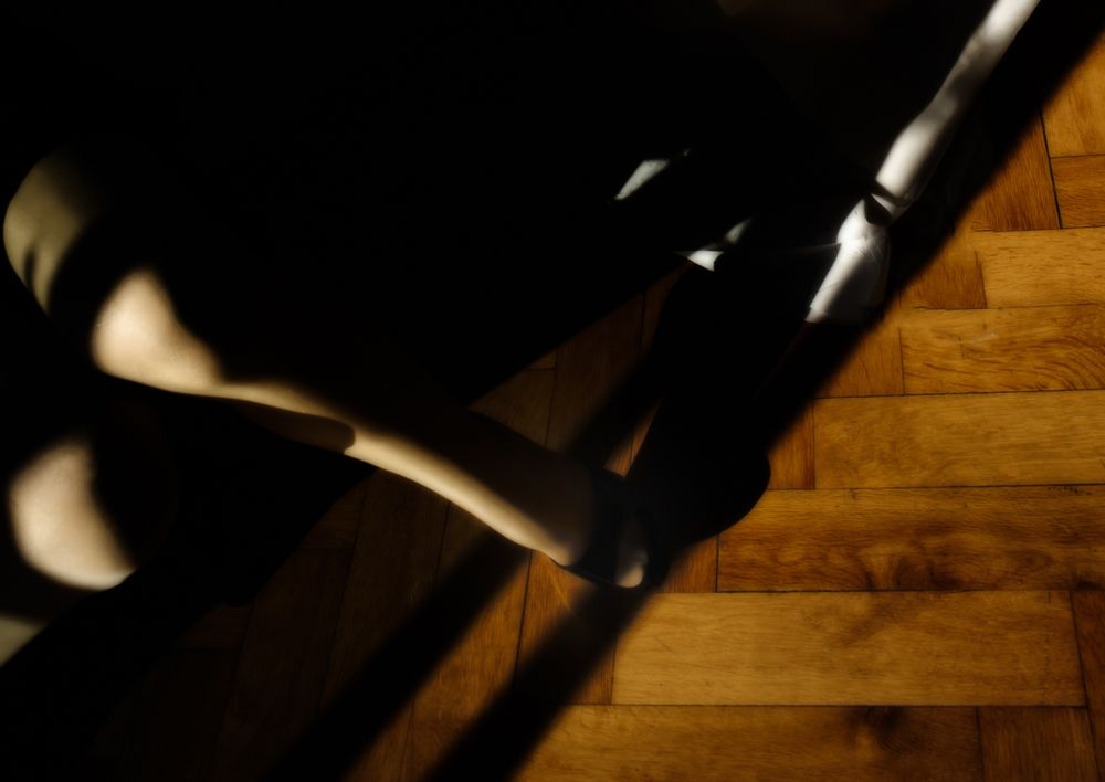 leg.light.show