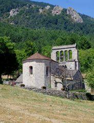 L'eglise de Concoules (gard) et son clocher à peigne ...