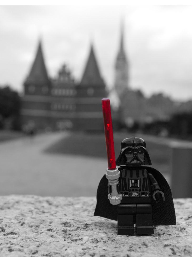 Lego Darth Vader unterwegs (Lübeck)