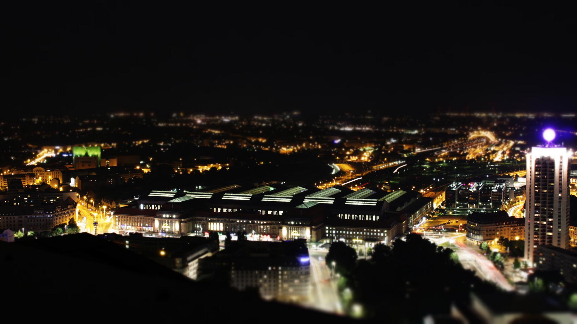 Leipzig im Nachtgewandt (HBF)