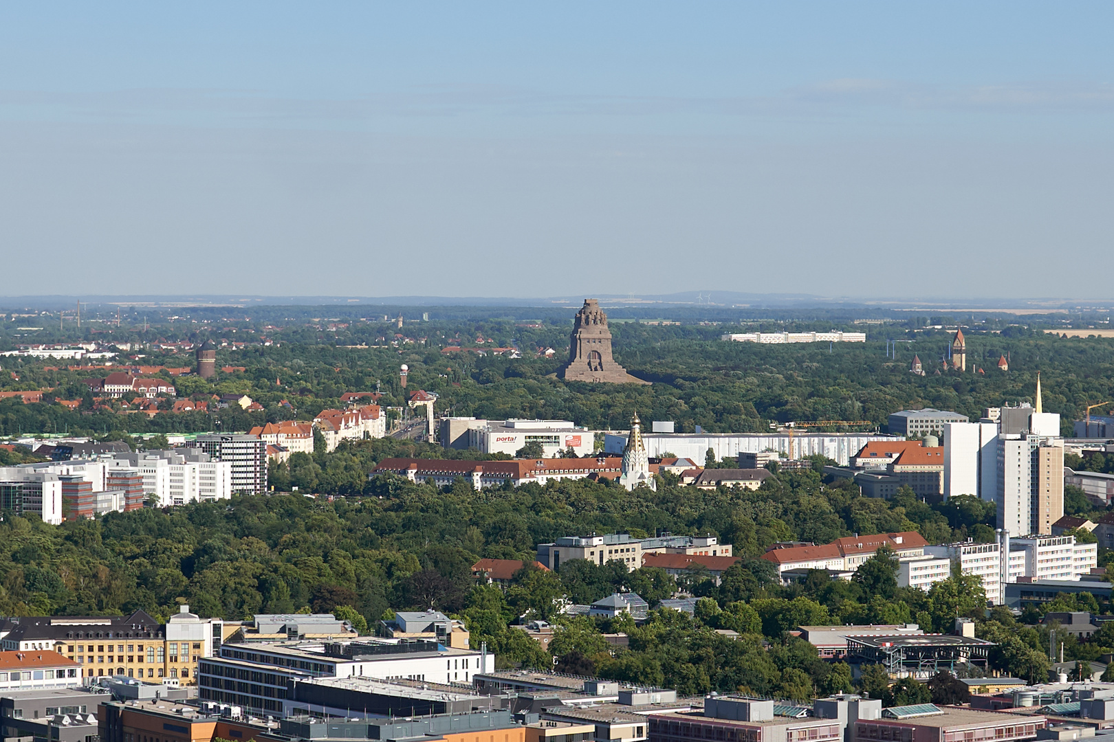 Leipzig mit Blick zum Völkerschlachtdenkmal