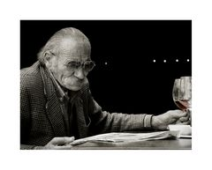 Lektüre beim Wein_V2