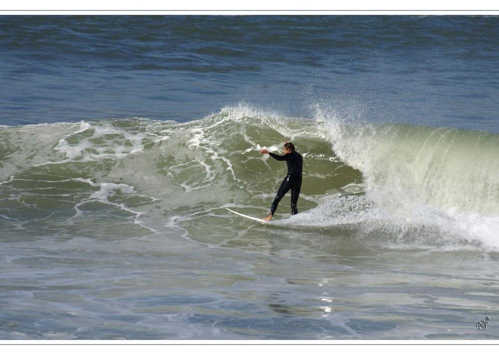 l'élégance du surfeur