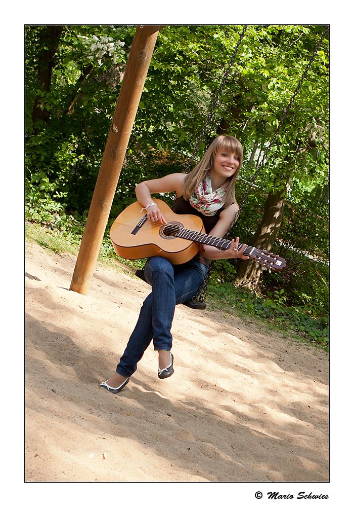 Lena und ihre Gitarre