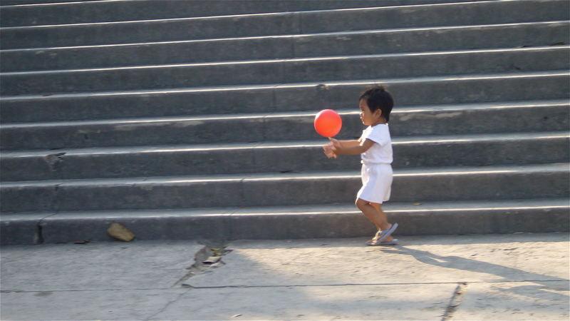 l'enfant au ballon