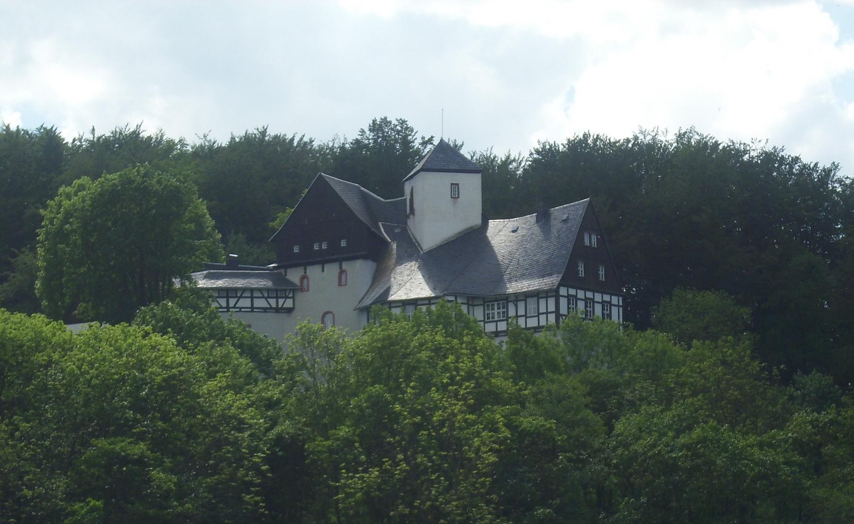 Lengefelder Ansichten-Schloss Rauenstein