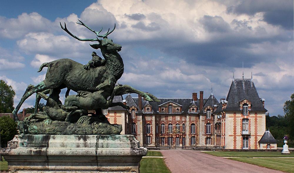 L'entrée du château de Grosbois