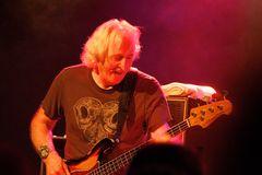 Leo Lyons, TYA / Bass