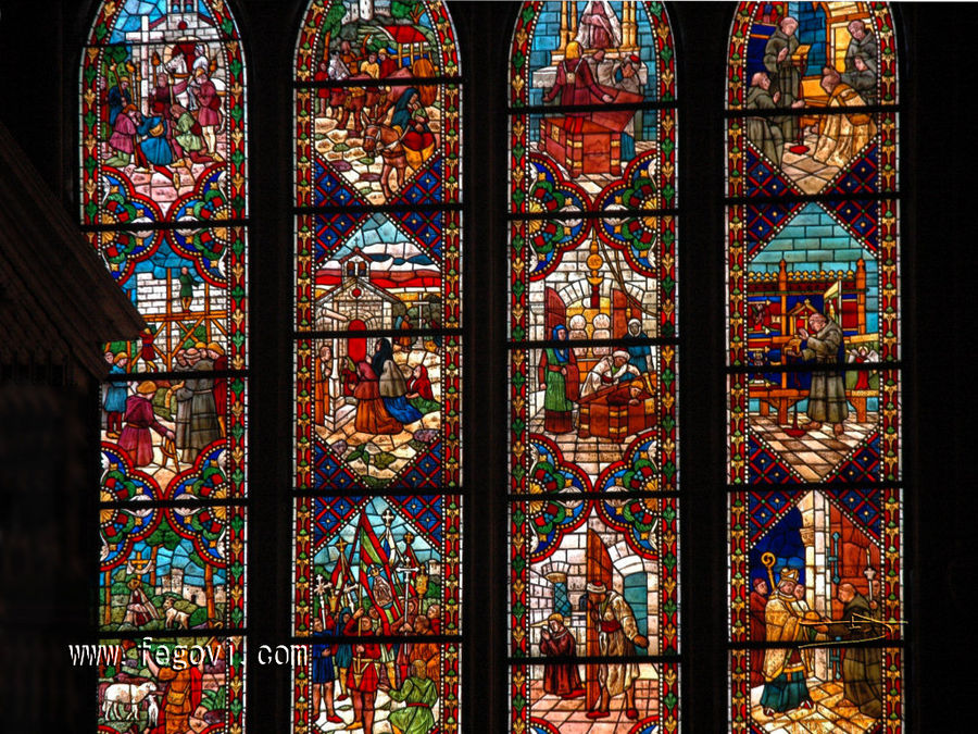 Leon chatedral window