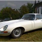 Les 24 Tours Du Pont - Jaguar E-Type
