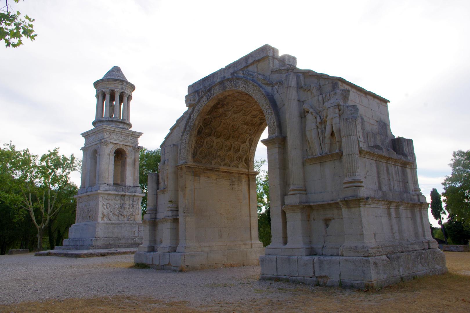 Les Antiques à St Rémy de Provence