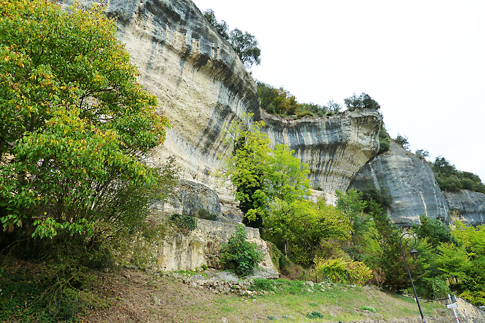 Les-Eyzies-de-Tayac-Sirjeul - Kalkstienfelswand