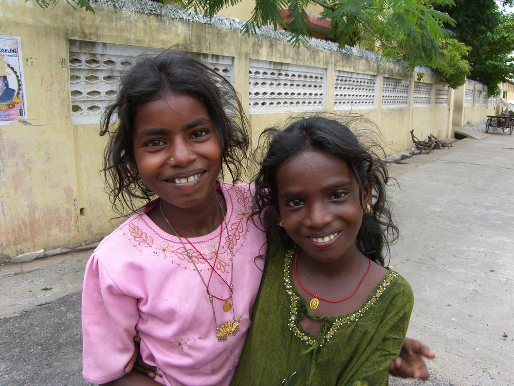 Les gamines de la rue (Pondicherry)