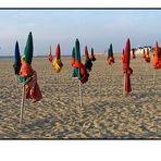 Les Parapluies (pas trés loin) de Cherbourg - Die Sonnenschirme (nicht sehr weit) von Cherbourg