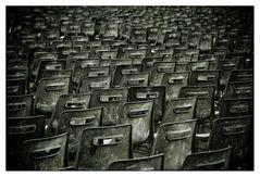 L'esercito delle 12 sedie