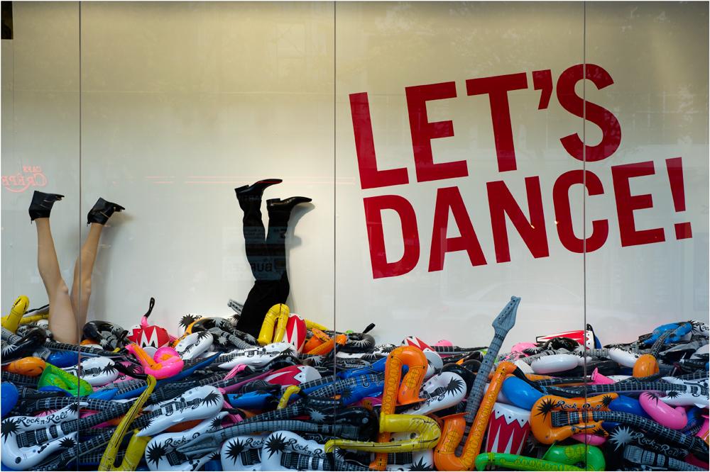 LET`S DANCE!